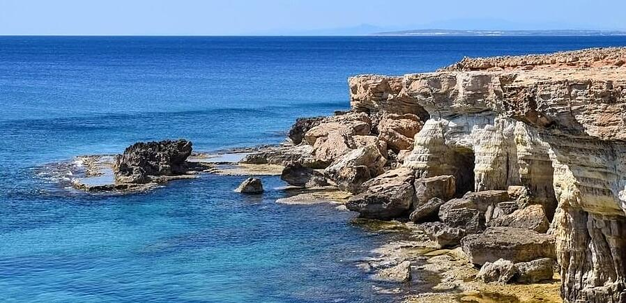 cyprus citizenship by investment requirements
